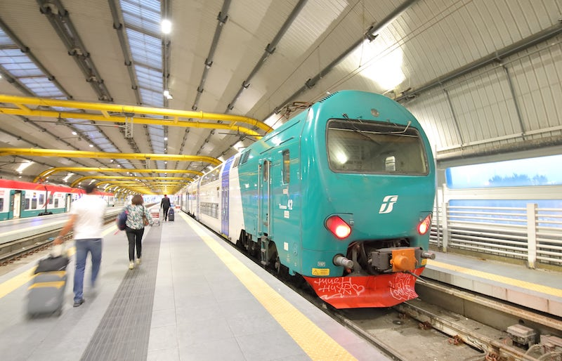 Train from Fiumicino airport to Rome